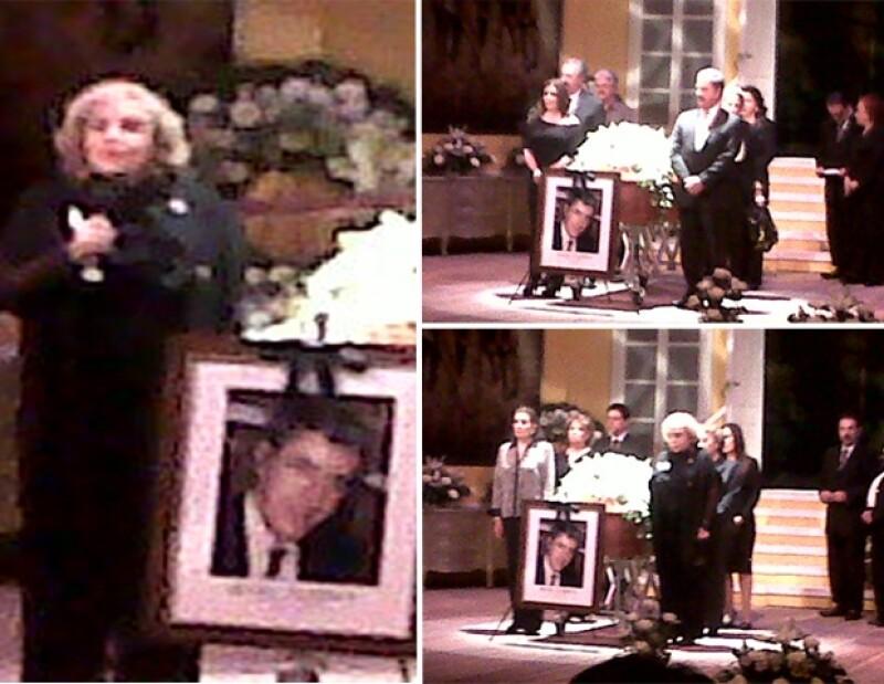 Al igual que otras personalidades, la actriz acudió al homenaje que organizó la ANDA en memoria del primer actor.