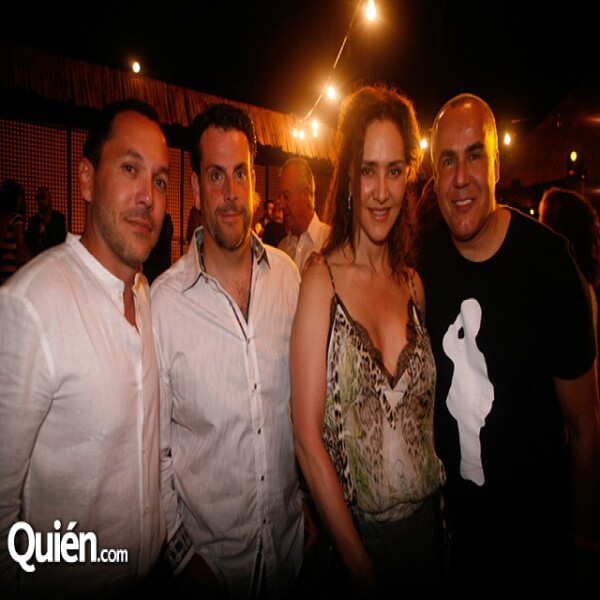 Miguel Orozco,Eloy Vallina,Angélica Fuentes,Ricardo Seco