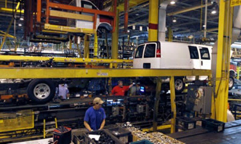 La economía mexicana se encamina a expandirse más que la brasileña por segundo año consecutivo. (Foto: AP)