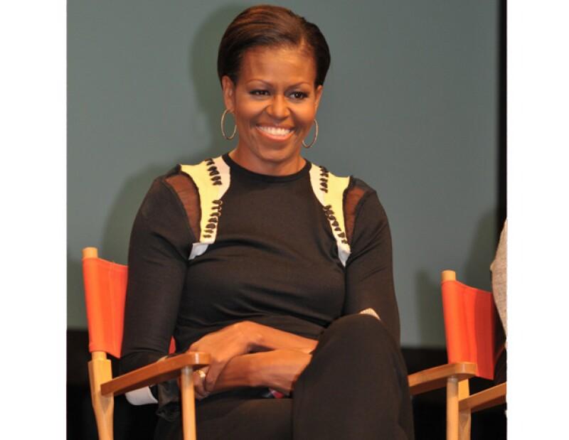 La primera dama de Estados Unidos, entregará el premio La Gran Ayuda a Taylor Swift, el próximo 31 de marzo, en los galardones del canal Nickelodeon 2012.
