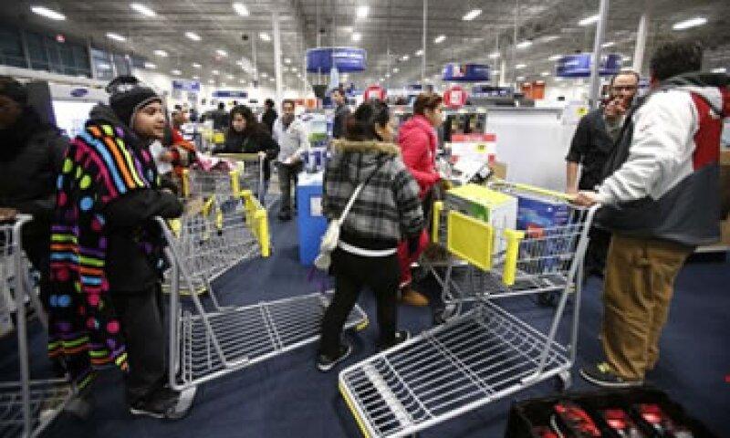 Las cadenas minoristas esperan un aumento de 4.1% en las ventas de fin de año frente al 5.6% alcanzado en 2011. (Foto: Reuters)