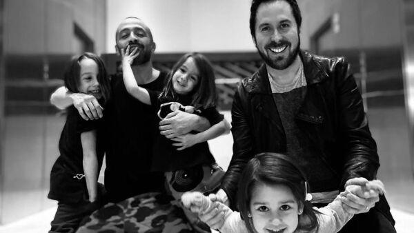 Anya, Mario y Enya Domm y Pablo y Ariana