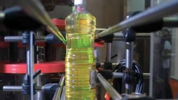 Los aceites detectados por la Profeco no son peligrosos, pero sí un engaño para el consumidor. (Foto: Jeronimo Arteaga)