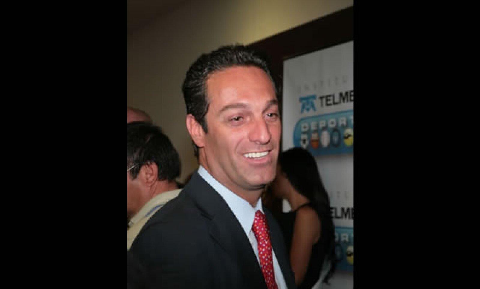 Carlos Slim Domit, presidente del Consejo de Administración de Telmex, se casará el 9 de octubre con María Elena Torruco en el DF.
