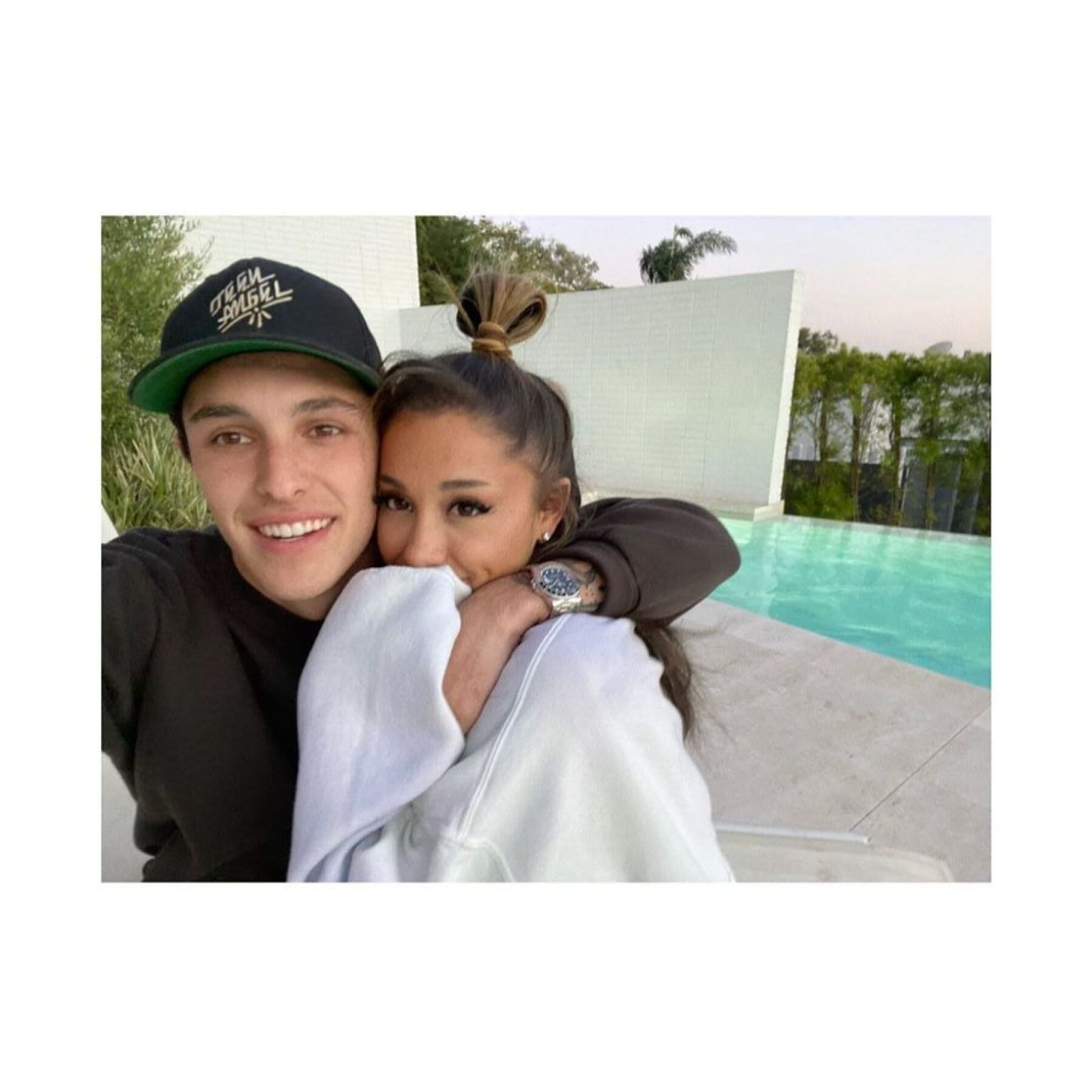 Dalton Gomez y Ariana Grande.