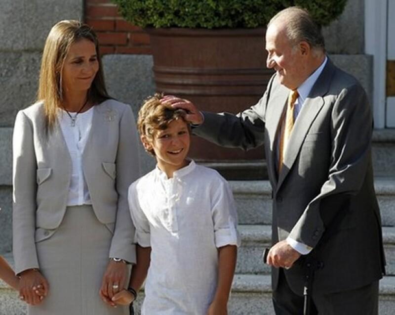 Según informó la prensa española, Felipe Juan Froilán incumplió el reglamento de armas de la Guardia Civil, pues no tiene la edad para utilizar armas de fuego.