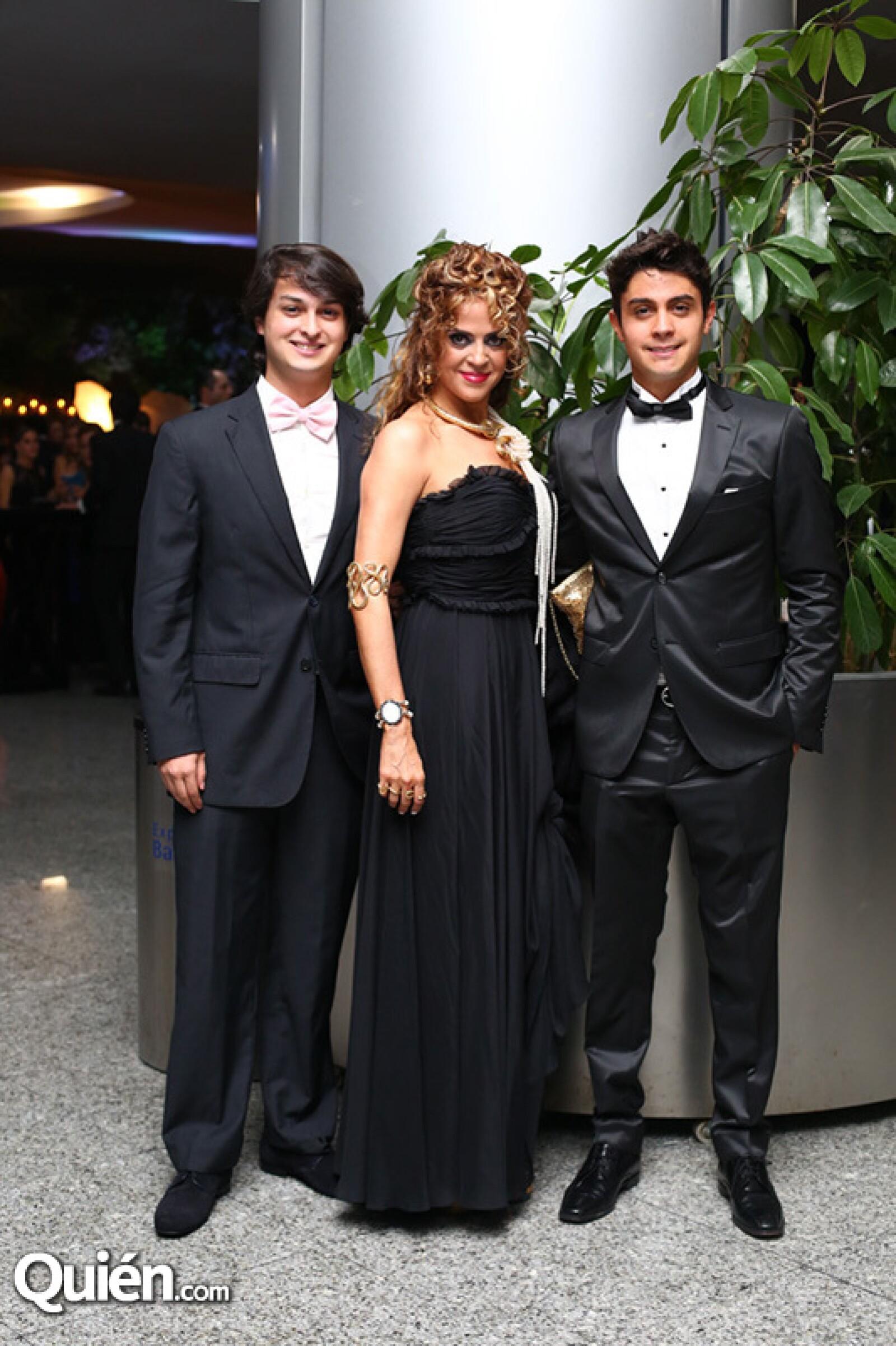 Miguel Bang, Claudia Margain y Ricardo Bang