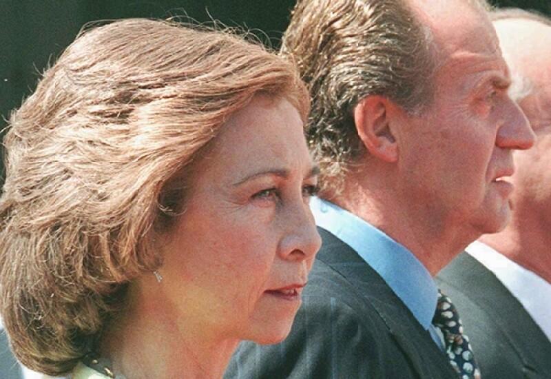 Algunos personajes reales se han visto envueltos en escándalos amorosos fuera del matrimonio, como hoy le sucede al Rey Juan Carlos. Aquì te presentamos los casos más sonados.