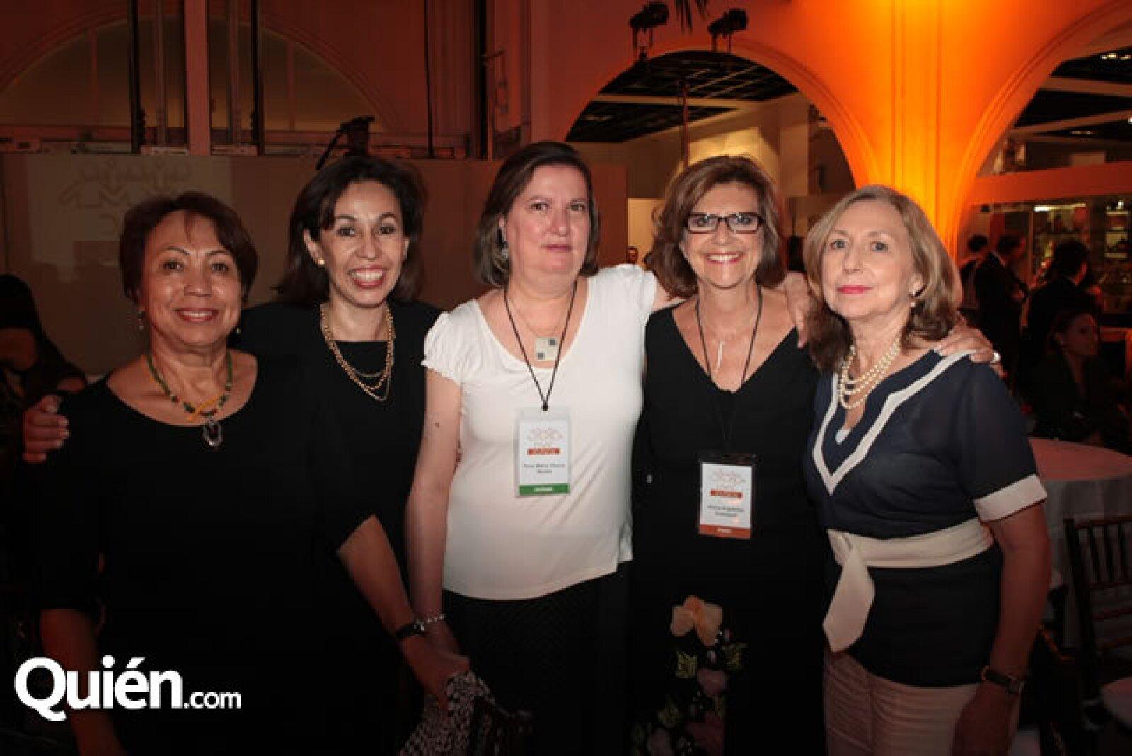 Imelda Campuzano, Martha Romero, Rosa María Viesca, Alicia Arguelles y Carmen Millé