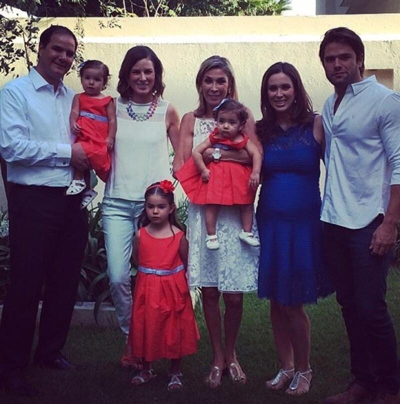 Jacky lamentó la ausencia de su esposo, Martín Fuentes, y de su papá, Jesús Bracamontes.