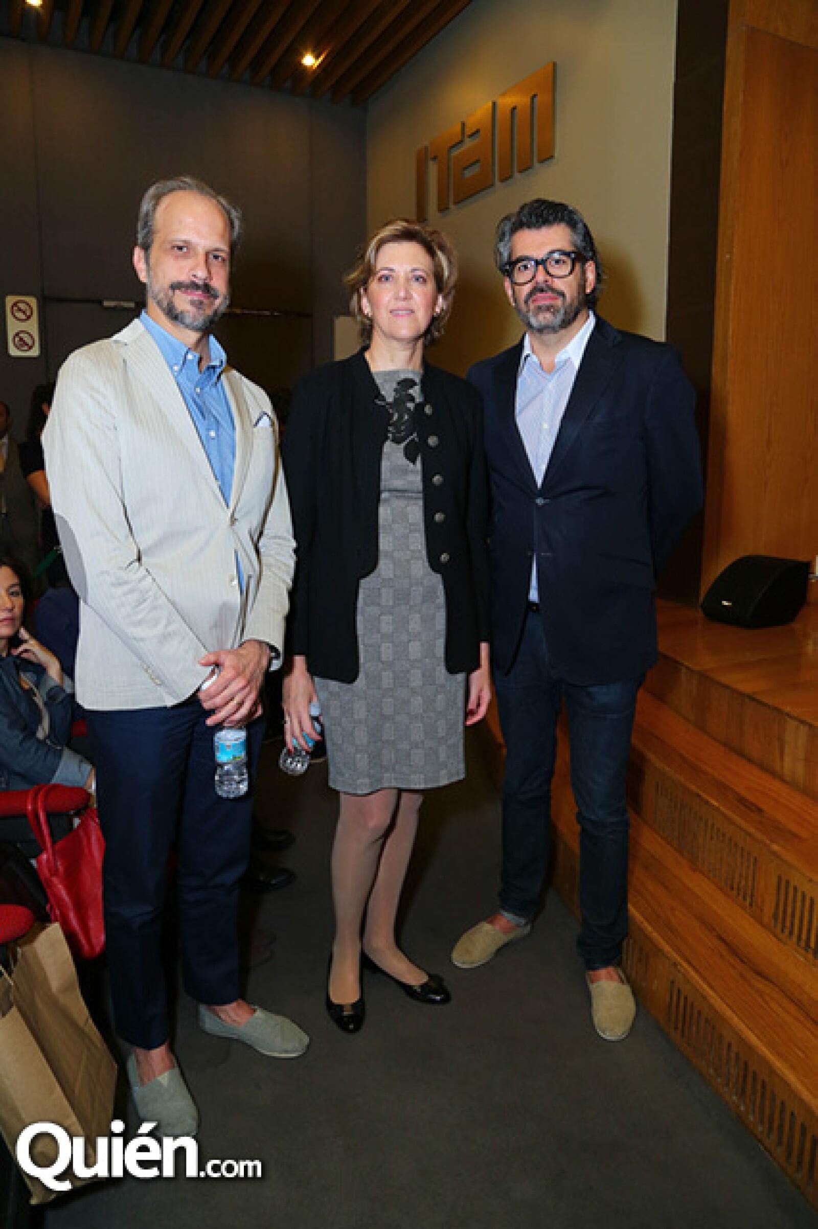 José Ferrer, Mónica Sacristán y Carlos Salcido