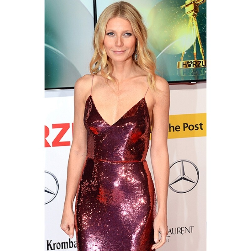 La actriz desfiló por la red carpet de los premios Goldene Kamera en Berlín, Alemania.