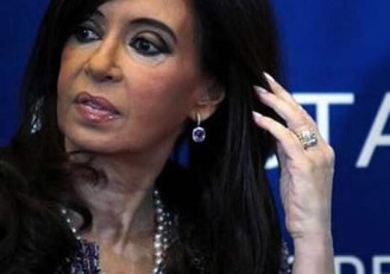 El Gobierno de Cristina Fernández mantiene un enfrentamiento con el Clarín desde años atrás. (Foto: Reuters)