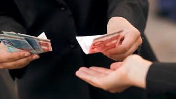 sueldo-salario-euro-billete-JI.jpg