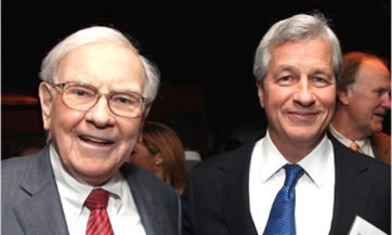 Buffett dijo que la reciente pérdida de 5,800 mdd de JPMorgan Chase no impide que Dimon sea nombrado Secretario del Tesoro.  (Foto: Cortesía CNNMoney)