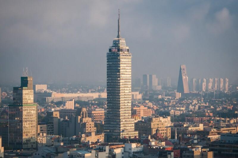 vista de la torre latinoamericana en la CDMX