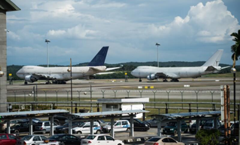 Los aviones llevan estacionados desde hace más de un año, señalan las autoridades. (Foto: AFP)