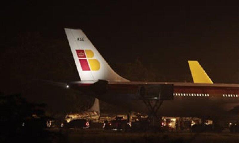 Los pilotos temen perder sus puestos ante la apertura de una aerolínea de bajo costo. (Foto: AP)