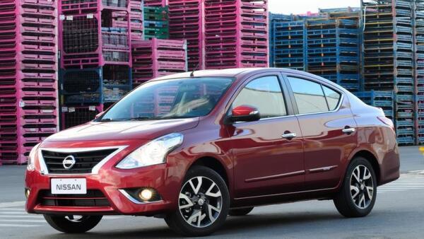 Nissan apuesta por el arrendamiento y el crédito para repuntar en México