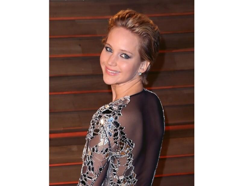 Karen Lawrence, mamá de la actriz, comentó que su hija dejó con la boca abierta a todos los que acudieron a la obra pues la famosa interpretó muy bien a una prostituta.
