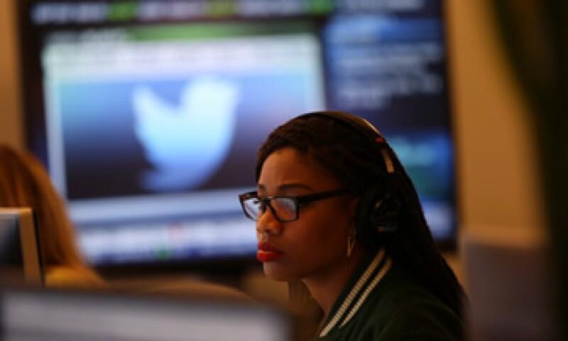 Twitter cerró 2013 con pérdidas netas por 645 millones de dólares.  (Foto: Reuters)