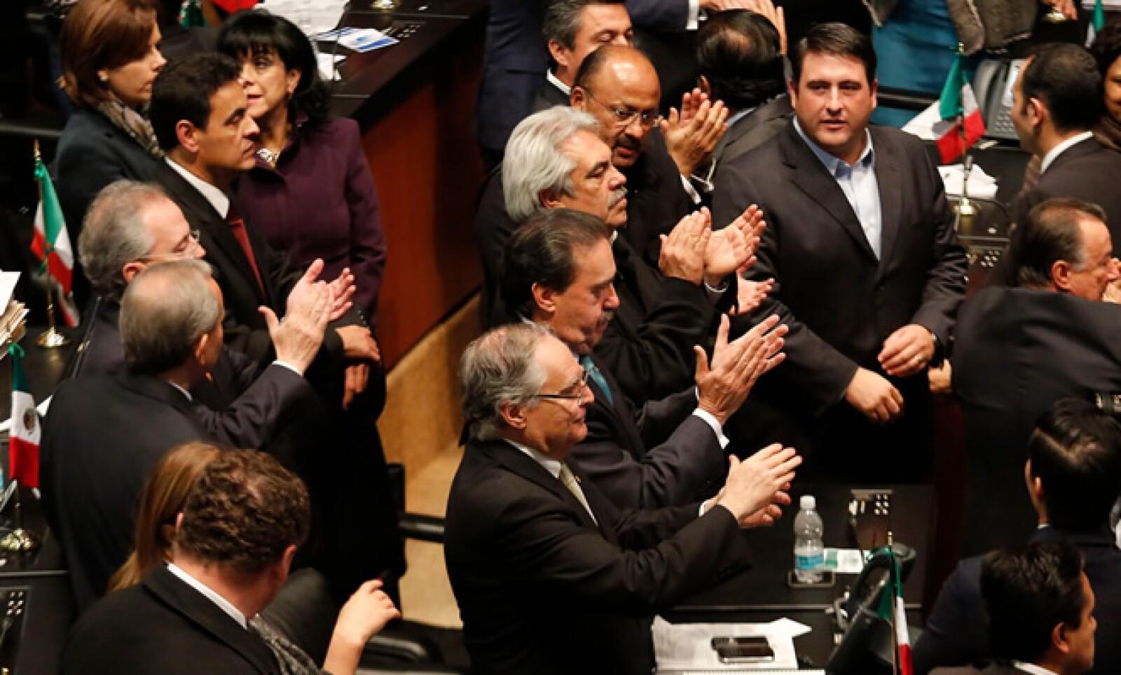 El dictamen aprobado será enviado a la Cámara de Diputados para su discusión y votación, se espera que sea aprobado antes del 15 de diciembre.