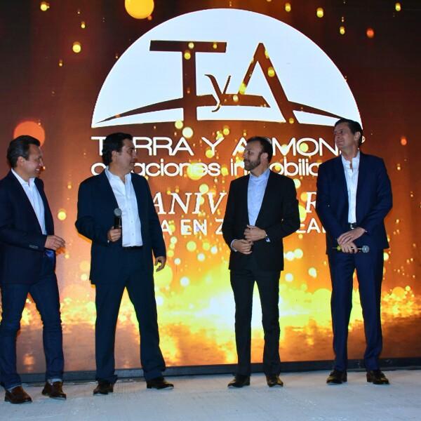 Pablo Lemus, Juan José Errejón, Alejandro Guzmán y Mauricio Martínez (2).jpg