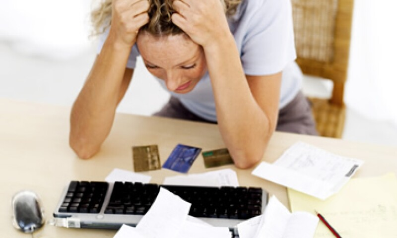 No pagar impuestos a tiempo y en forma te puede generar dolores de cabeza con el SAT.  (Foto: Thinkstock.)