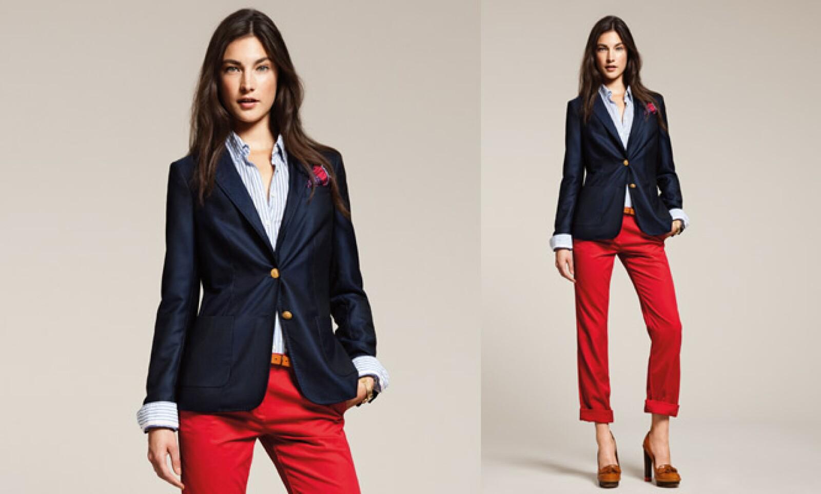 Un estilo elegante se mantiene en cada una de las piezas que el modisto confecciona.