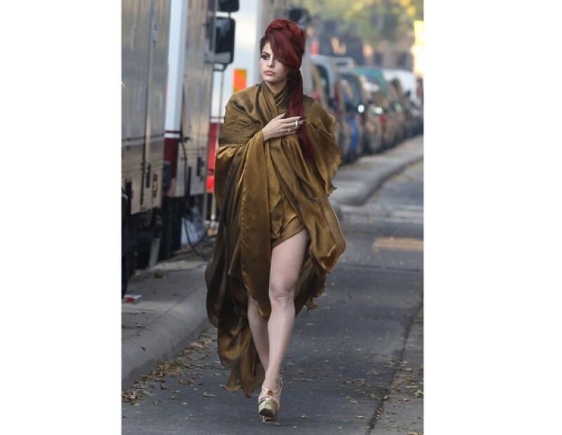 La actriz estadounidense cambió radicalmente de look para su nueva película.