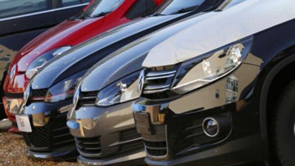Los vehículos con modelo diésel de la empresa estuvieron 'en el ojo del huracán' en 2015. (Foto: Reuters)