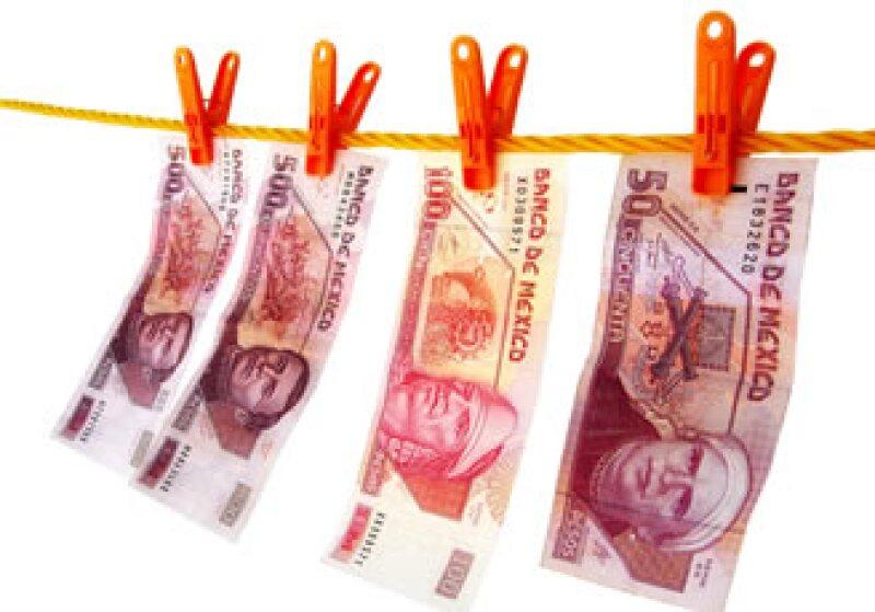 El Banxico lucha contra la falsificación incrementando los elementos de seguridad en las piezas monetarias. (Foto: Archivo)