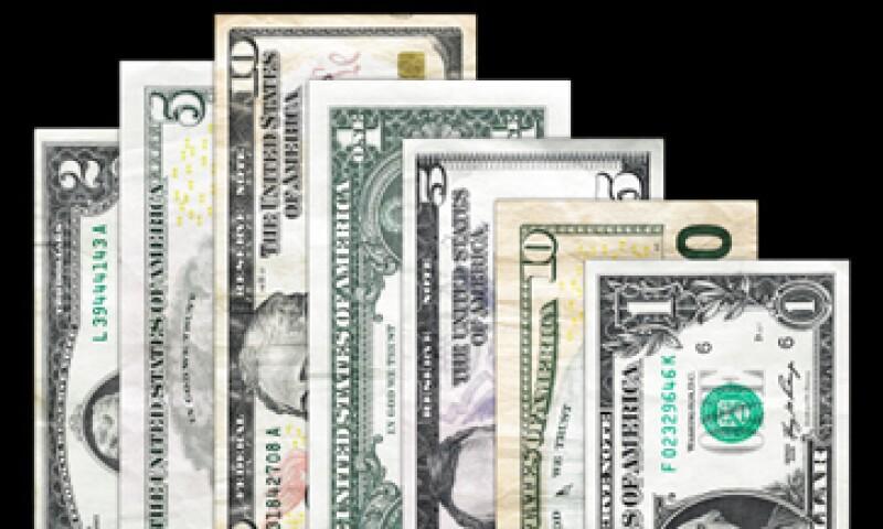 El tipo de cambio para solventar obligaciones en moneda extranjera pagaderas en el país es de 13.2737 pesos. (Foto: Getty Images)