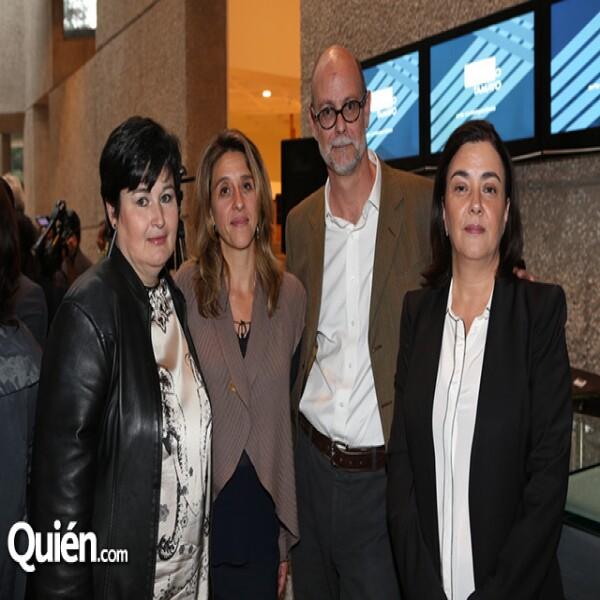 Magdalena Zavala,Elena Navarro,Santiago Fernández,Alejandra de la Paz