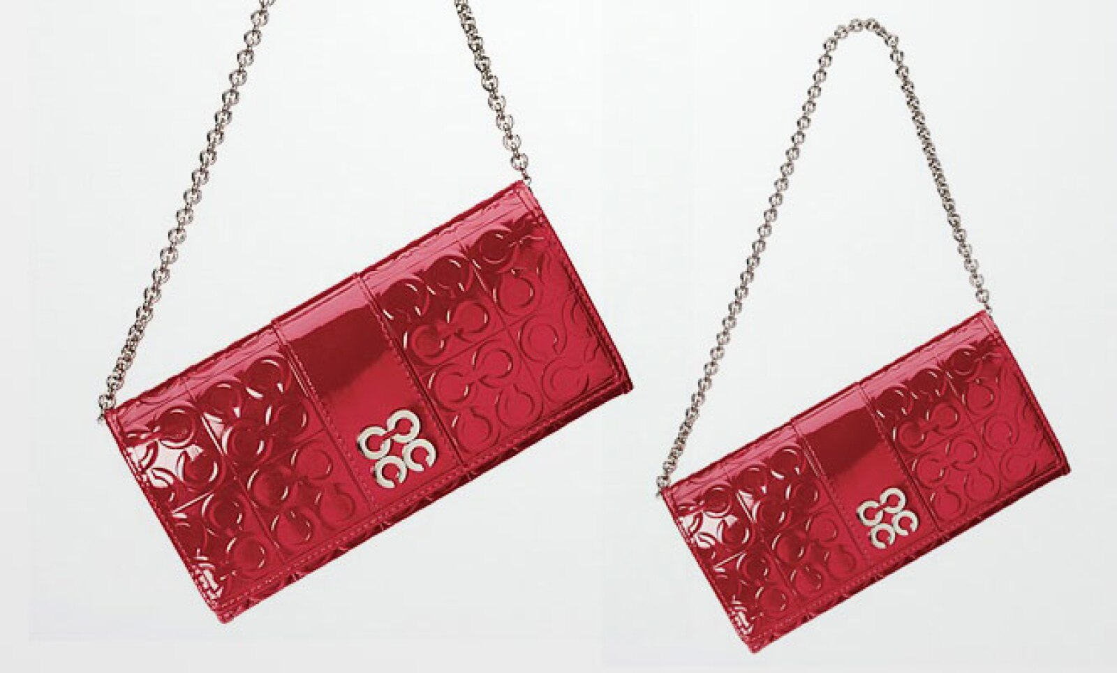 La firma estadounidense Coach y la argentina Rapsodia lanzaron colecciones para festejar San Valentín. En esta primera imagen, la marca de EU nos presenta un bolso con detalles en piel y tres compartimentos en su interior.