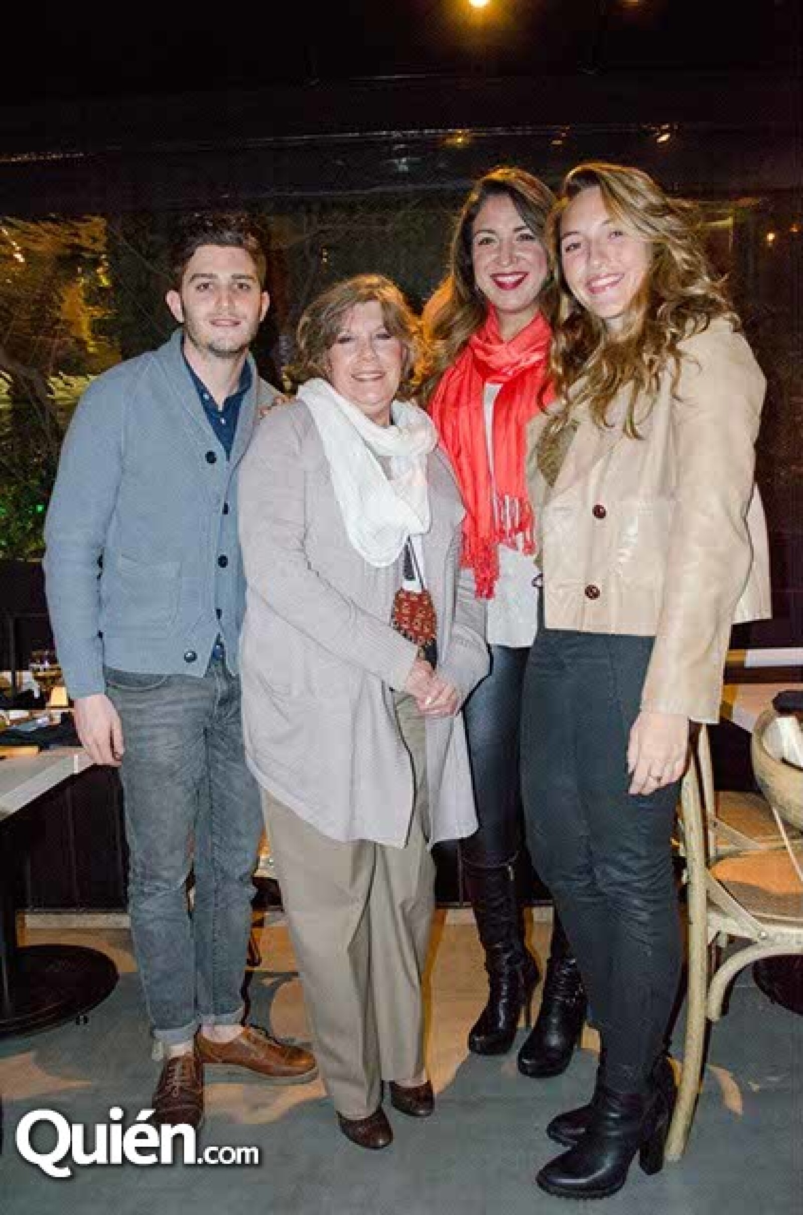 José Schnaider,María Laura Salazar,Daniela Riquelme y Thelma Moreno