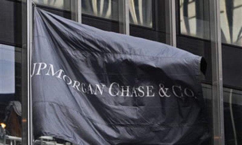JPMorgan es el primer gran banco en anunciar sus resultados del tercer trimestre. (Foto: AP)