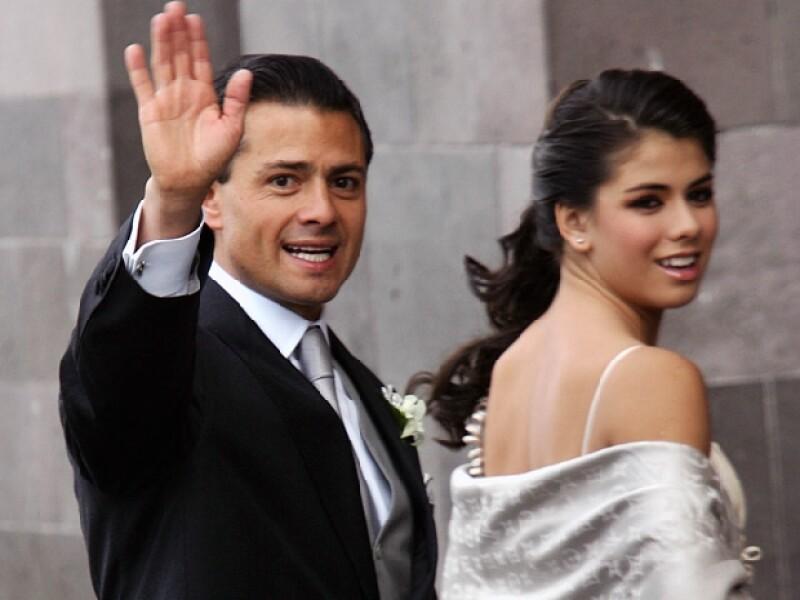 Enrique Peña Nieto llegó acompañado de Pulina, Regina, Fernanda, Sofía y Nicole.