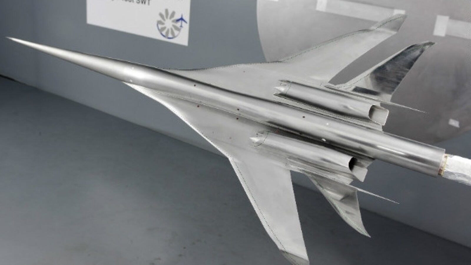 Aeronave Supersonico
