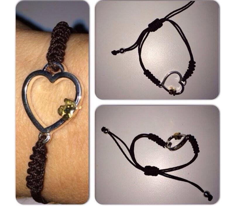 La conductora recibió este lindo brazalete como regalo del amor y la amistad.