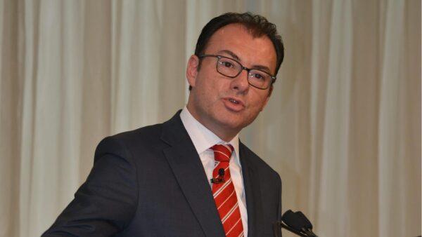 La Secretaría de Hacienda, encabezada por Luis Videgaray, reportó una caída de 7.5% anual del gasto total del sector público.