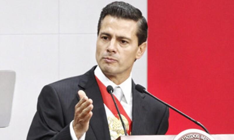 Peña Nieto no detalló los beneficios, como los fiscales, que tendrá la Fibra E. (Foto: Cuartoscuro )