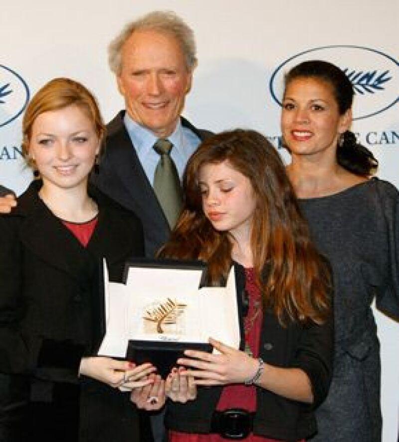 En una ceremonia privada, al actor se le otorgó una Palma de Oro especial.