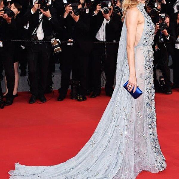Diane Kruger nos conquistó en Prada.