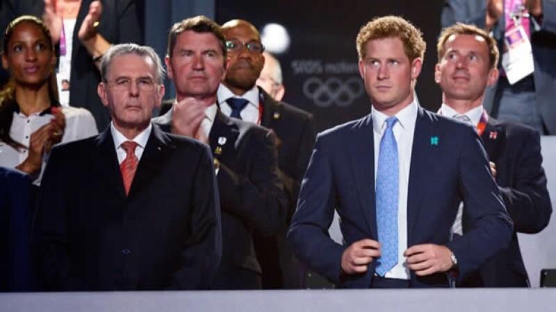 el principe harry en  los juegos olimipcos
