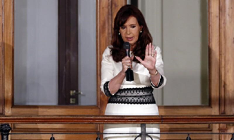 El Gobierno de Cristina Fernández ingresó en una inédita e involuntaria cesación de pagos. (Foto: Reuters)