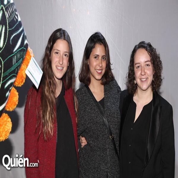 Isabel Pérez Gil, Carolina Rodríguez y Valeria Charrandi