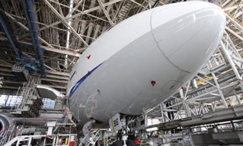 Los analistas dicen que el 777 es el avión más rentable de Boeing. (Foto: AP)