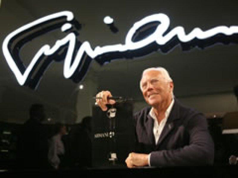 Armani presentó su línea de ropa el domingo pasado. (Foto: AP)