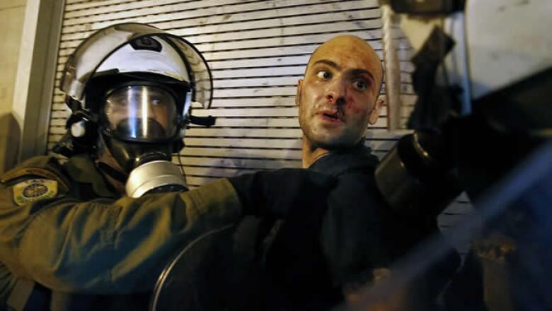 Algunos de los protestantes son de ideología anarquista, afirmó la policía.